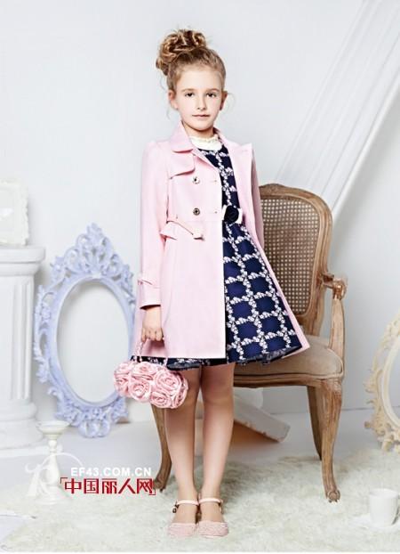 <b>适合儿童穿的风衣? 儿童风衣怎么搭配</b>