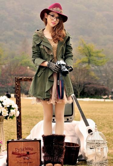 风衣是秋日里出镜率超高的款式 选购风衣就看这里