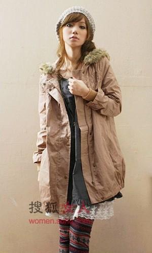 挡风又显瘦的风衣成为时尚的焦点 在这个季节中越来越有味道